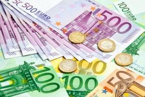 Jahresrückblick 2019: 3,7 Mrd. Euro Zinsen hätten Kreditnehmer sparen können | fotolia.com