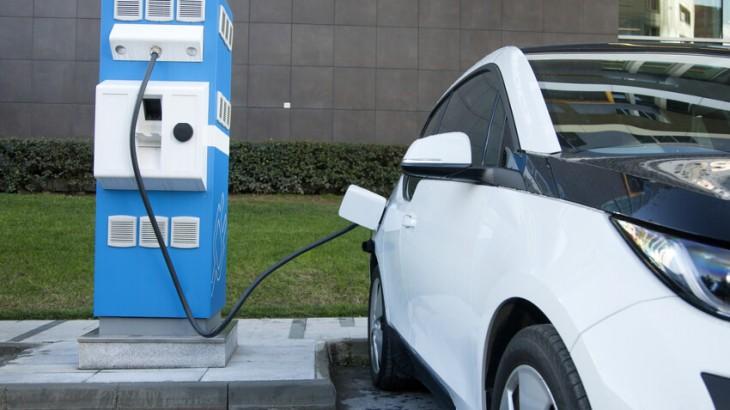 Elektroautos Ladestationen Deutschland