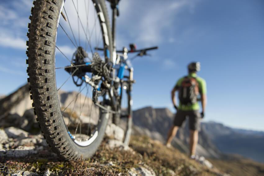 mountainbike kosten so viel sollte man ausgeben smava. Black Bedroom Furniture Sets. Home Design Ideas